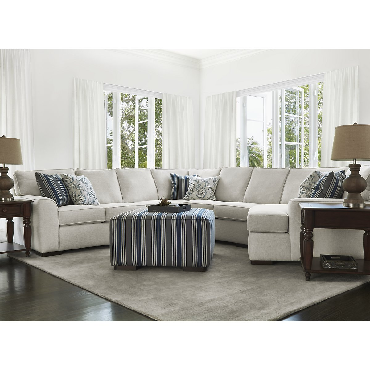 Free Furniture Austin: Austin White Fabric Small Right Cuddler Sectional