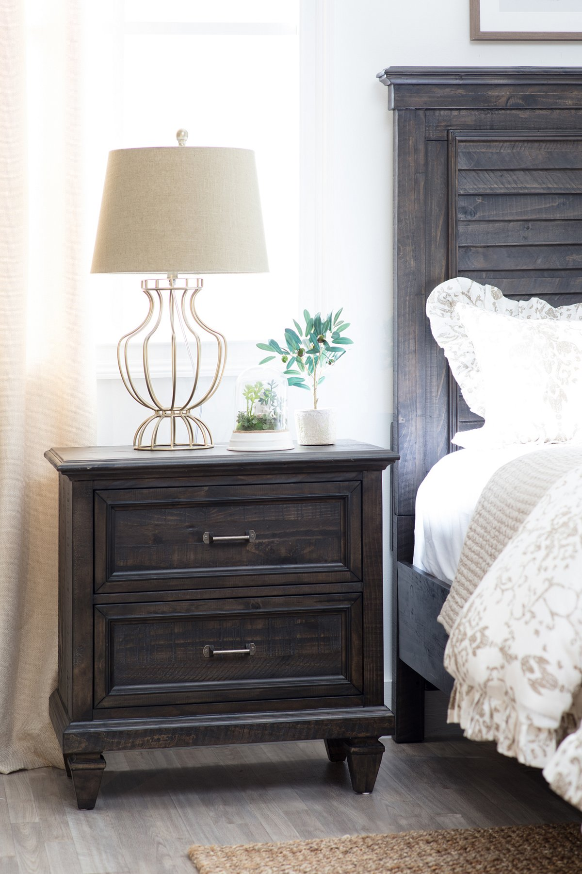 Sonoma Dark Tone Wood Drawer Nightstand