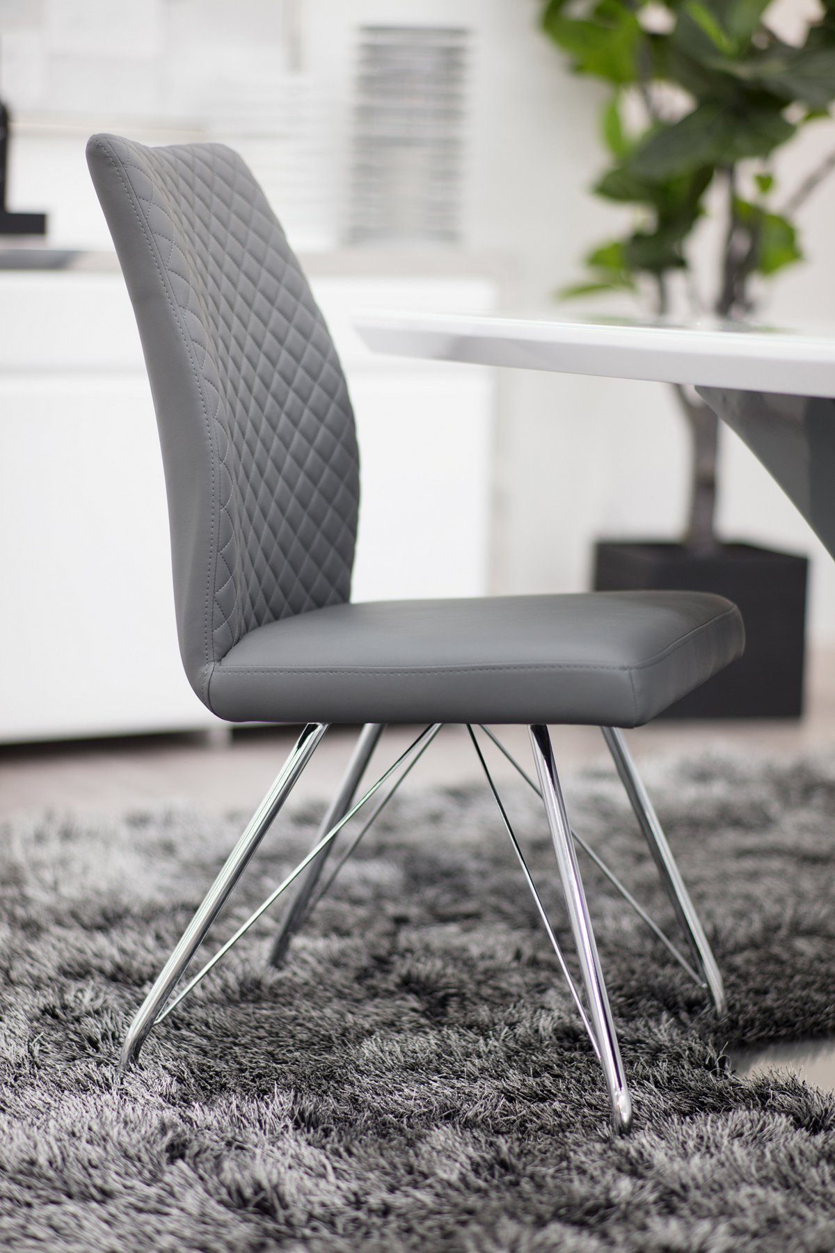 Lima Gray Upholstered Upholstered Side Chair