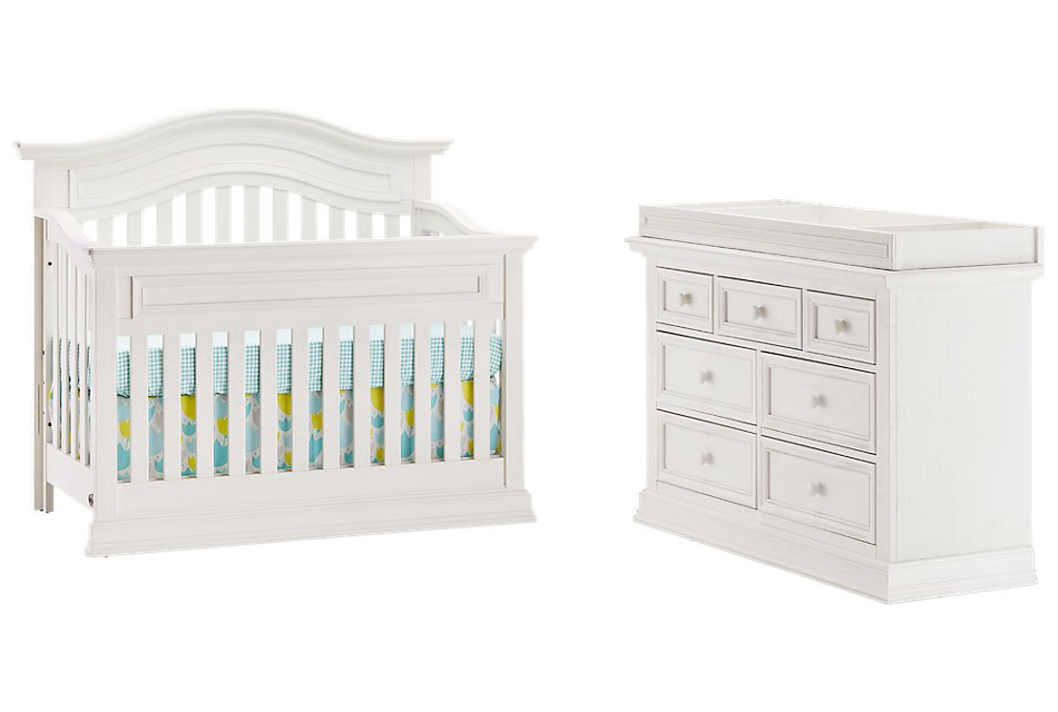 Glenbrook White Small Crib Bedroom